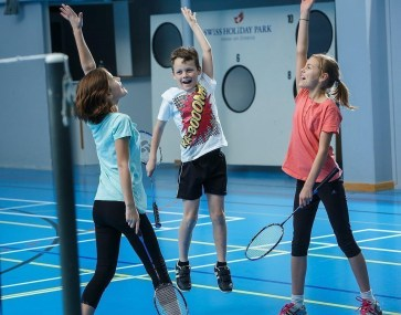 kids_badminton